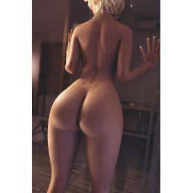 Grande femme en TPE - Lhia - 170 cm
