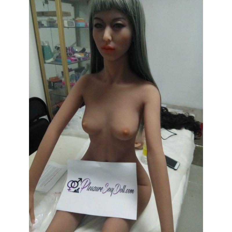 Love doll sortie d'usine -157 cm